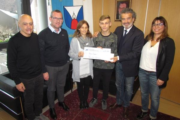 Die Unterstützung An Die Familie Catalano