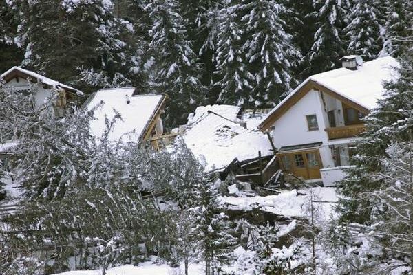 Es Gibt Drei Häuser, Die Durch Den Erdrutsch Zerstört Wurden
